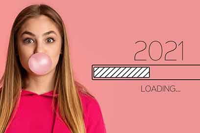 Recruiting Trends 2021 Mädchen mit Kaugummiblase